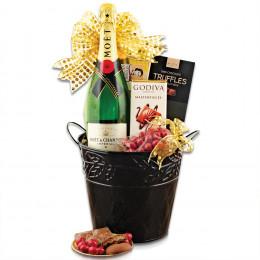 Moët & Chandon Champagne Gift Basket