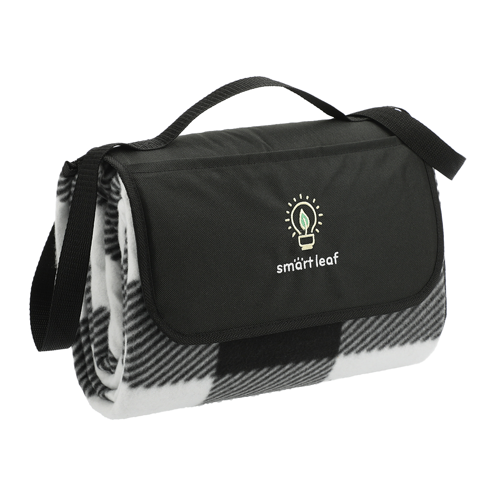 Custom Oversized 6' Round Recycled PET Picnic Blanket