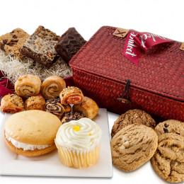 Sweet Treats Snack Gift Basket