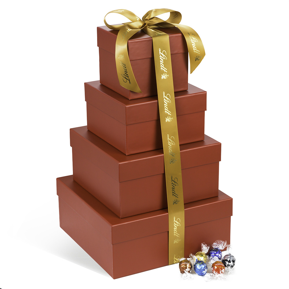 Lindt Ultimate LINDOR Truffles Holiday Tower - 394pc