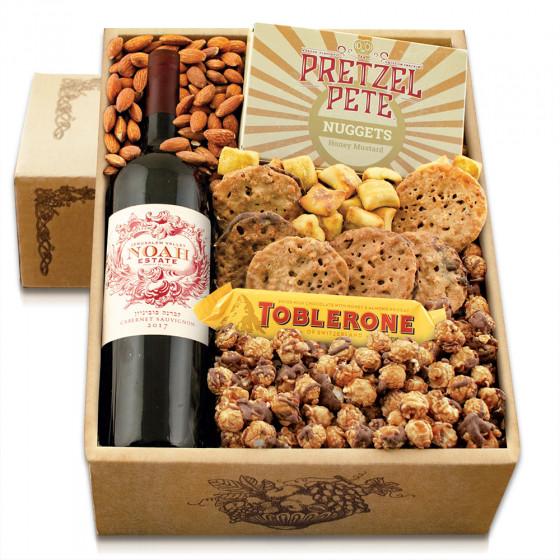 Cabernet & Snax Gift Box