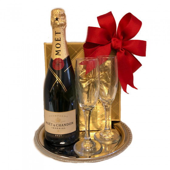 Moet & Chandon Imperial Brut 750ml Champagne Gift Tray