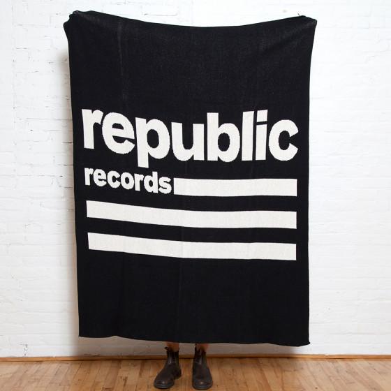 Custom Logo Eco Blanket