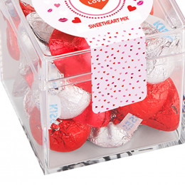 Chocolate Kisses Sweetheart Mix Cube